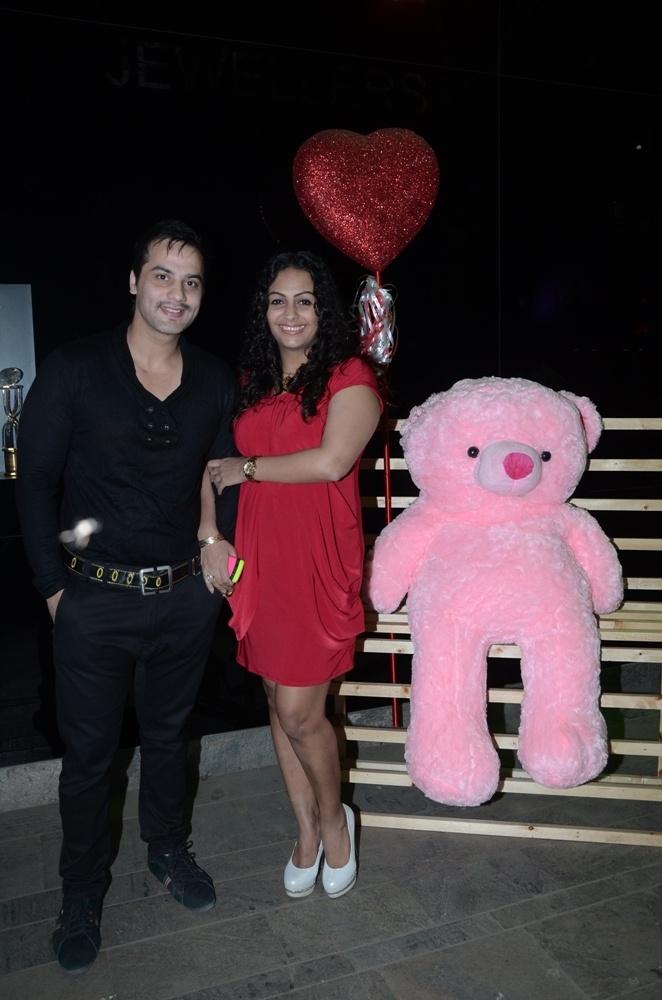 Ashita Dhawan And Shailesh Gulabani 29 best Celebrating Lo...