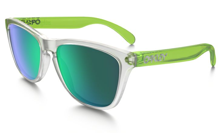 Shop Oakley Frogskins® Colorblock Collection in MATTE CLEAR / SAPPHIRE IRIDIUM at the official Oakley online store.
