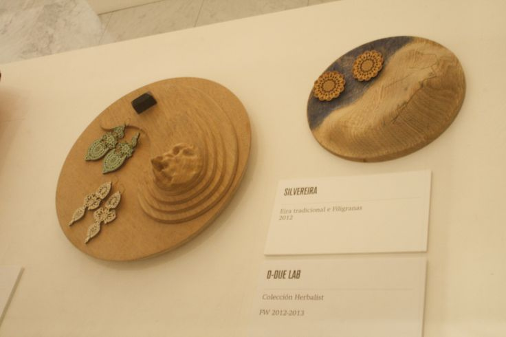 """Earring and wood Silvereira y D-Due Lab, """"Colección Herbalist"""""""