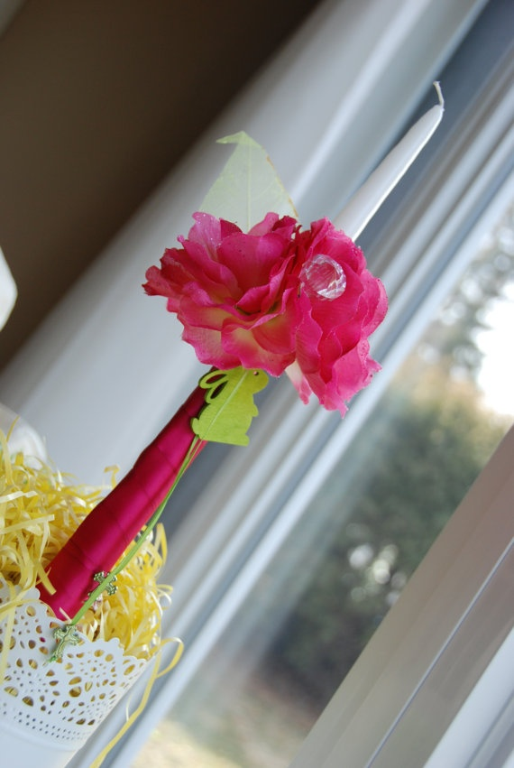 Easter Crystal Bouquet Anastasi Lambatha (Easter Candle)    https://www.etsy.com/transaction/75491881