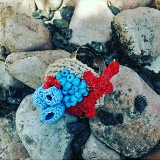 Anello di corallo Coralli rosa fatto a mano corallo rosa fatto da borseefilati crochet #corallo #fondale #mare #marino #bijoux #cotton #filo #uncinetto #ganchillo #knitting t