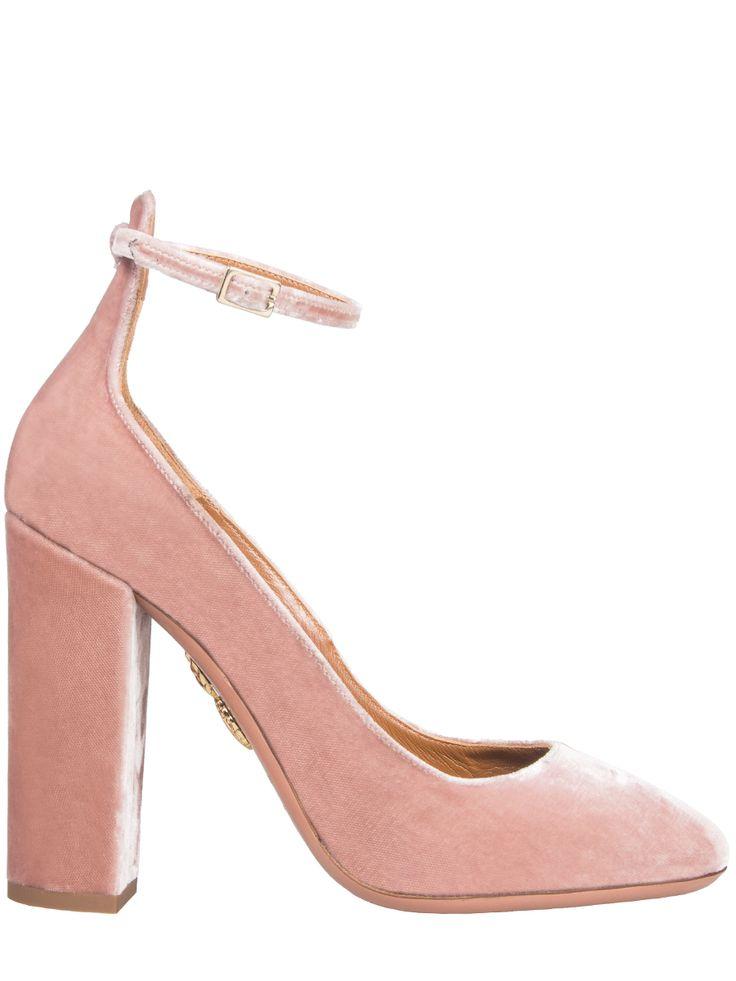 Бархатные туфли от AQUAZZURA