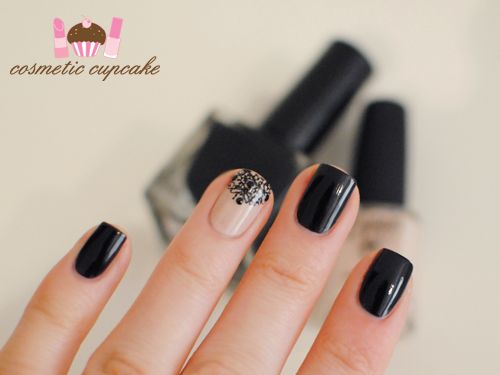 Black and nude: Black And Nude, Nails Art, Nude Nails, Accent Nails, Lace Nails, Black Mani, Black Nails, Nails Polish, Dark Black