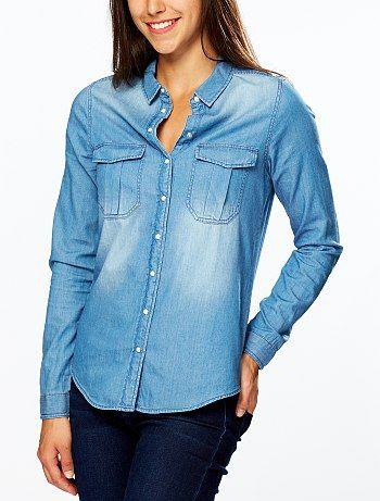 Camicia denim puro cotone Donna 15,00€ Camicie La camicia di jeans: il capo basic di moda che devi assolutamente avere nel tuo guardaroba! Sui jeans, i pantaloncini, su u
