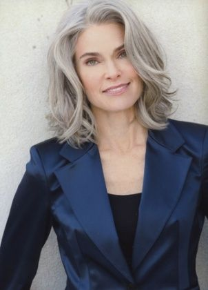 Medium+Hair+Styles+For+Women+Over+40   Roxane Gould ~ aging with grace
