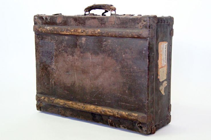 großartigster Koffer des Jahrhunderts - 20er Jahre von DECORATIVE ART GALLERY auf DaWanda.com
