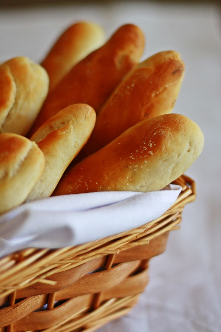I remember the first time ever that I had dinner at Olive Garden at their location near Ahwatukee, Az. I was awestruck by the soft, simple pillows of salty bread sticks and their famous piping hot …