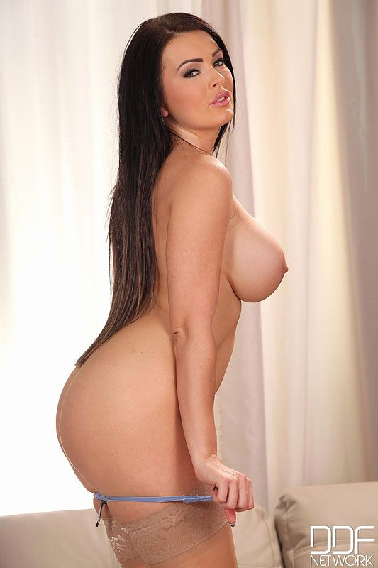 Watch Taylor Stevens at FreeOnes Free sex videos, photo sets and biography. All Taylor Stevens videos, pictures and more!