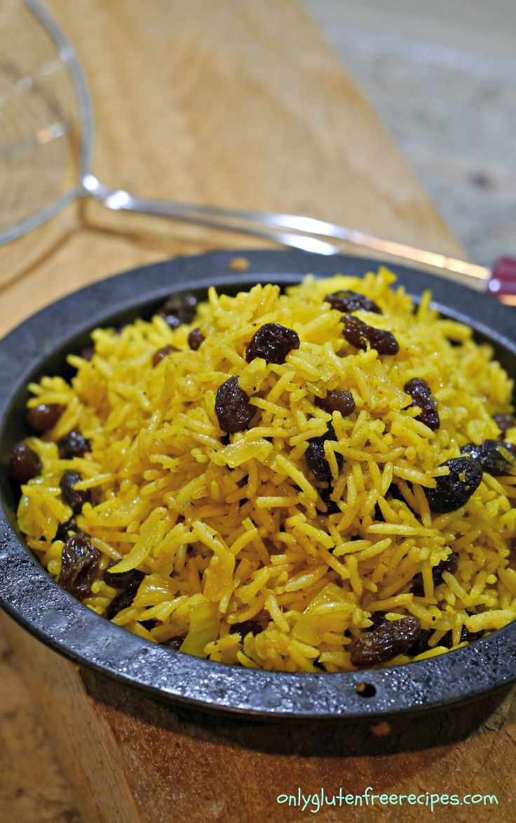 Perfectly spiced rice with raisins ~ This rice is delicately spiced with added sweetness from the raisins. When you are serving chicken, pork or beef, adding this flavourful rice will add a bit of ethnicity to your gluten-free meal.