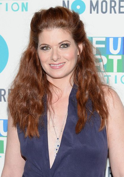 Debra Messing Half Up Half Down - Debra Messing pulled backer her fiery red locks into this edgy half up, half down teased 'do.