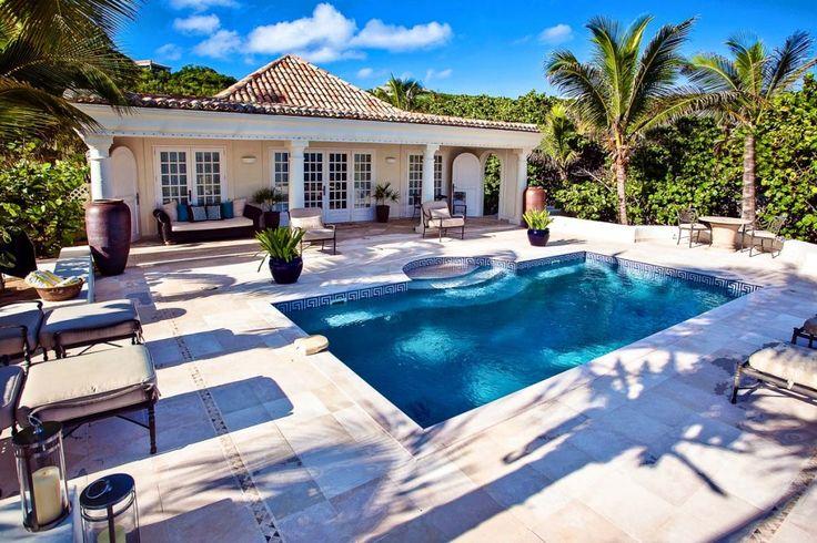 Les Palmiers is een mooie één slaapkamer romantische vakantie retraite, te St Maarten. Deze villa is direct aan het strand en ideaal voor huwelijksreis.
