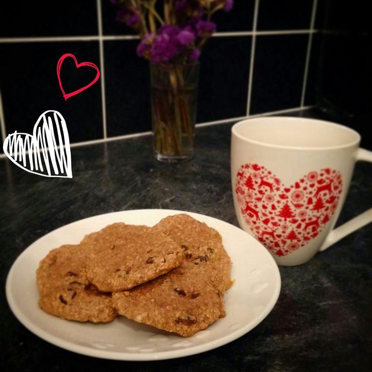Cinnamon and Raisin Oat Cookies