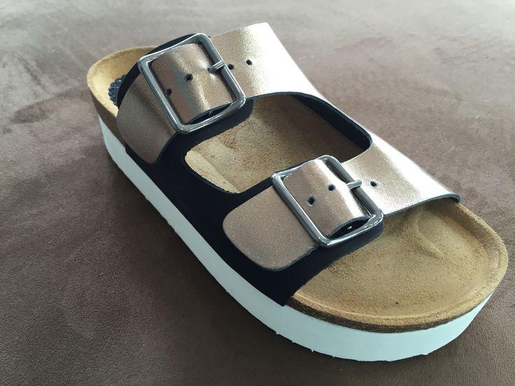 Μοντέρνα ανατομικά παπούτσια Comfortable shoes