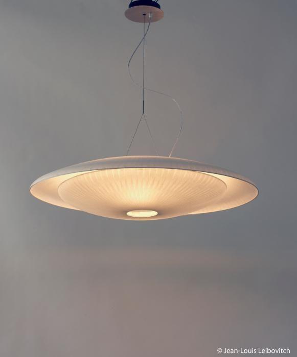les 25 meilleures id es de la cat gorie celine wright sur pinterest lanternes en papier. Black Bedroom Furniture Sets. Home Design Ideas