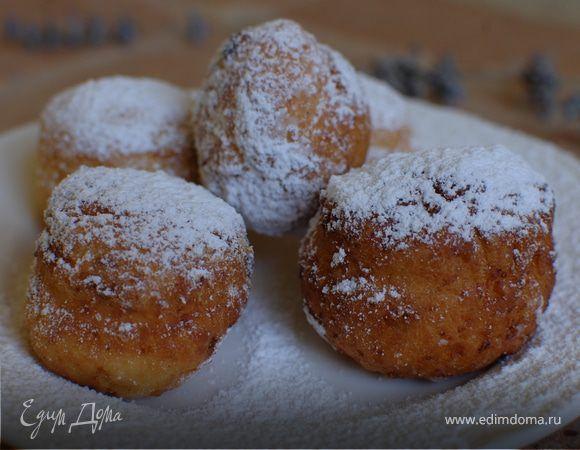 Творожные пончики с изюмом.