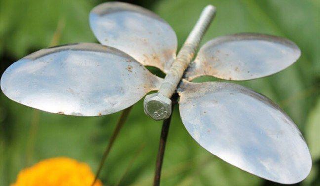 Gartendeko selber machen: Löffel-Schmetterling
