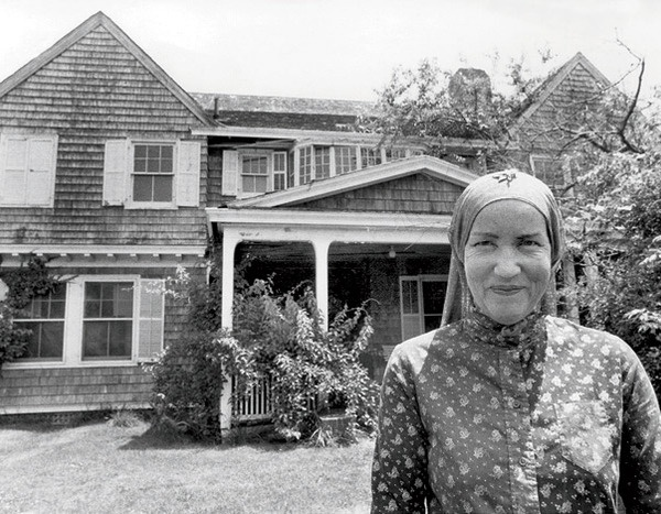 "Edith ""Little Edie"" Bouvier Beale here in 1979, the year she sold Grey Gardens to Ben Bradlee and Sally Quinn for $220,000."