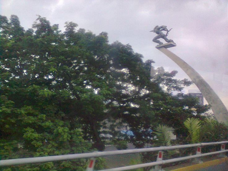 patung dirgantara