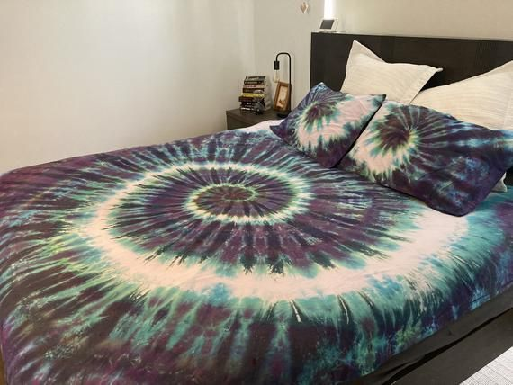 Tie Dye Bedding Purple Green Doona Cover Set Duvet Cover Set Quilt Cover Set 500tc Sheet Set Double Queen King Wave By Clair Sol Tie Dye Bedding Duvet Cover Sets Quilt