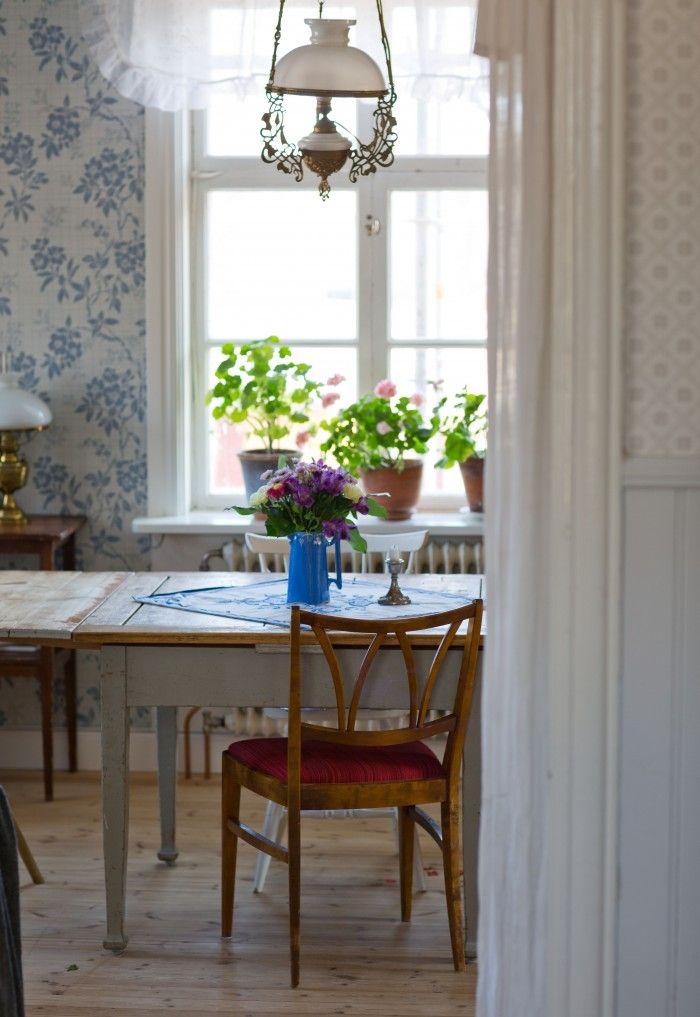 My vintage dining room. Byggnadsvård och antikt