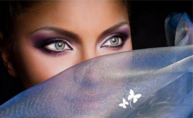 Вечерний макияж в фиолетовых тонах для серых глаз ::: onelady.ru ::: #makeup #eyes #eyemakeup