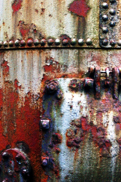 """5) Metal or Rusted Art...RUST...  Maybe I should call this wall,  """"I would love to paint but can't because God does it soooo much better"""""""