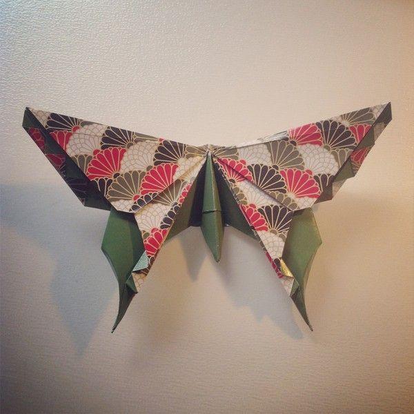 Alexander Aztec Swallowtail Butterfly är en underbar modell, och även rolig att vika när du får kläm på det. Det är för många steg i modellen för att jag ska kunna göra ett diagram-inlägg, men…