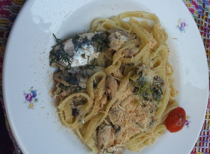 Paste con sarde (Pasta with Sardines, wild fennel, pine nuts, currants and breadcrumbs)  Siracusa, Sicily