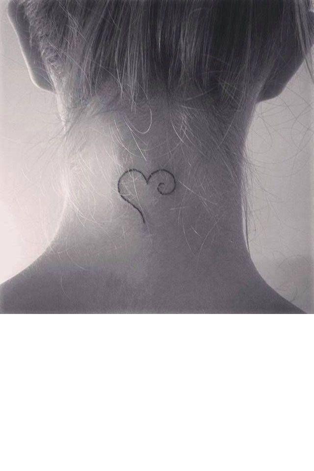 cœur tatouage                                                                                                                                                                                 Plus