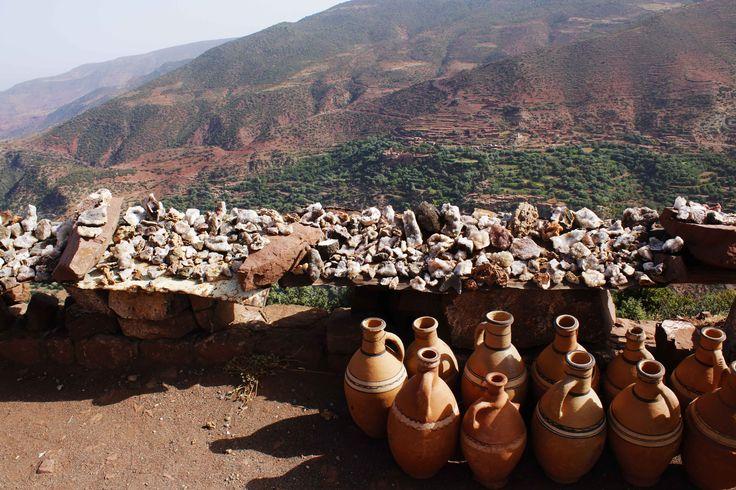 De camino al Ksar de Ait Ben Hadu en Marruecos, una larga excursión realizada desde Marrakech en el año 2014. Ait Ben Hadu y Ouarzazate son las puertas del desierto. Visita mi página web para leer mis aventuras por Marruecos: https://unachicatrotamundos.wordpress.com/2016/08/03/ait-ben-hadu-y-oarzazate-la-puerta-del-desierto/