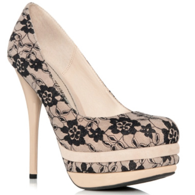 New shoes from JustFabulous.comBlack Lace, Colors Combos, Fashion,  Geta,  Sabot, White Lace, Lace Shoes, Heels,  Patten