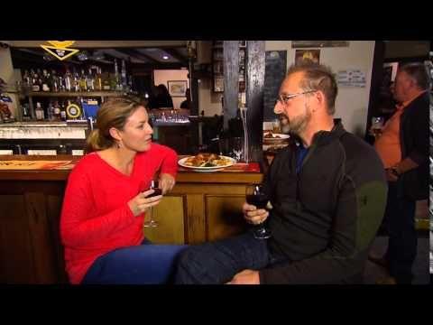 What's Up Downunder S05 Ep18 - Calledonian Inn Robe South Australia - YouTube