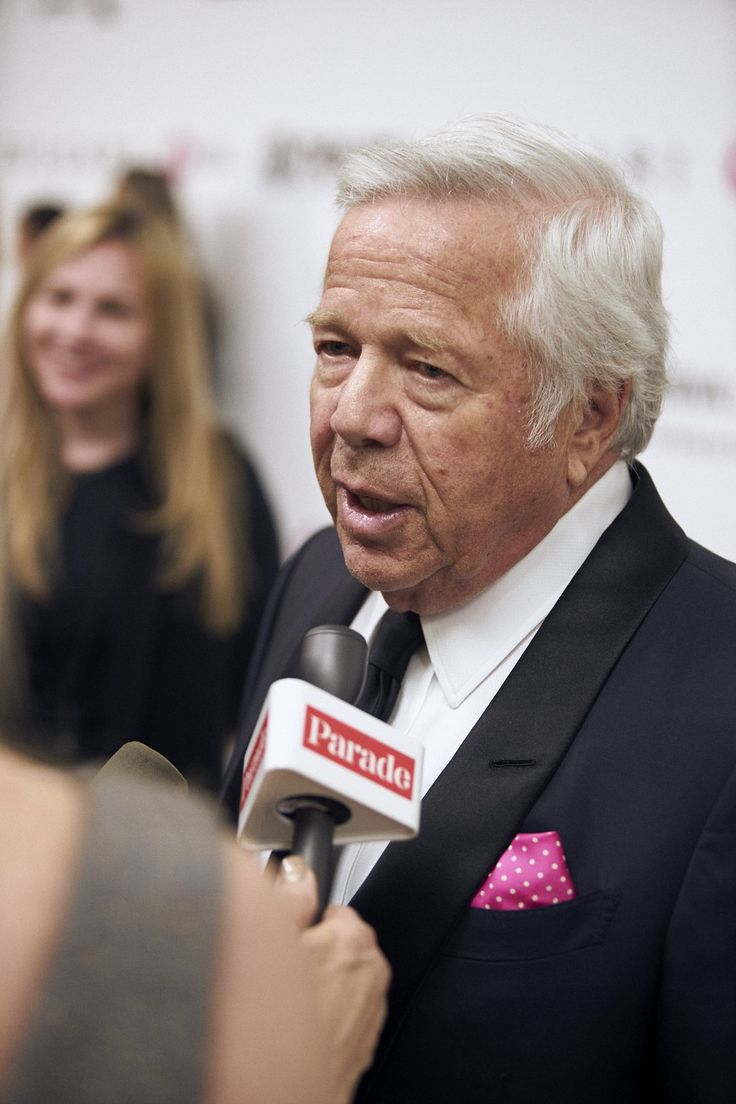 Fans hope there's no limit to how many Lombardi trophies one person can have. As Robert Kraft greeted media on the white carpet Sunday night, it was clear that the glow has not yet worn off from his most recent (incredibly amazing) Super Bowl victory. He was in West Hollywood to support the 25th annual Elton John [...]
