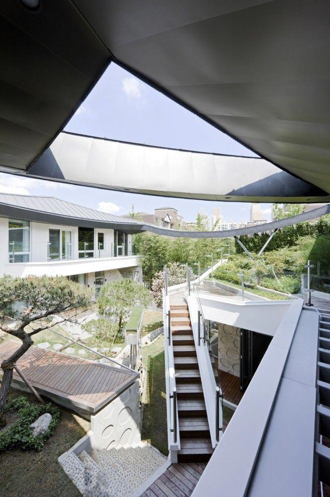 Ga On Jai. Location: Bundang-gu, Seongnam-si, Gyeonggi-do, South Korea; architects: IROJE KHM Architects; photo: Sergio Pirrone, Jong Oh Kim, Jeong Sik Mun; year: 2013