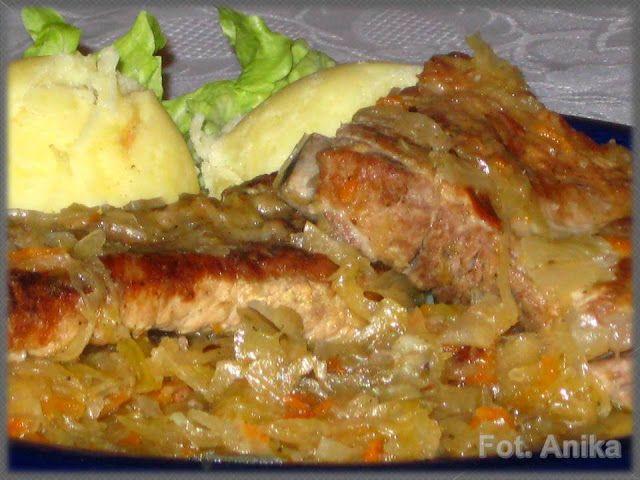 Domowa kuchnia Aniki: Żeberka duszone w kapuście