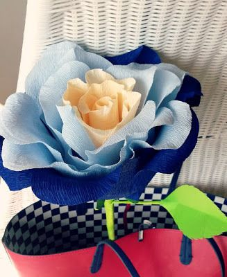 The Catelier - amintiri pentru 9 vieti Trandafir din hartie creponata