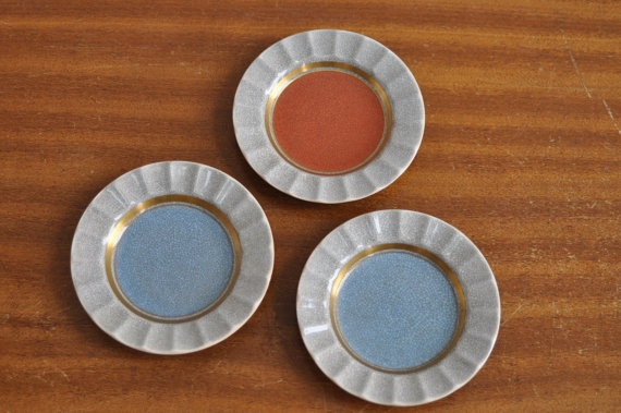 Royal Copenhagen craquele/crackle small plates/coasters 1950s Mid-Century retro vintage    On Hygge Hour ETSY http://etsy.me/Z6Dnrv