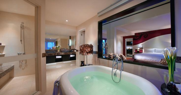 #HardRockHotelBali #SleepLikeARock #LuxurySuite #Bathroom #Bedroom #Kuta #Bali