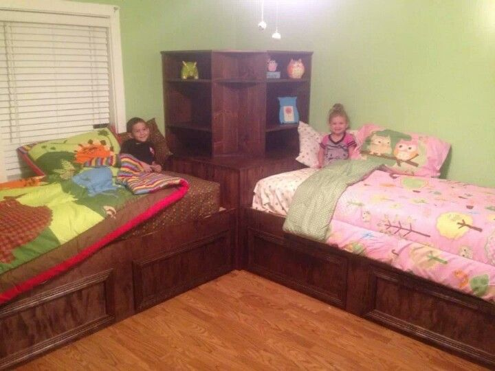 Pretty Shared Bedroom Designs For Girls: If We Have Twins Will Have Jon Build Something Like This