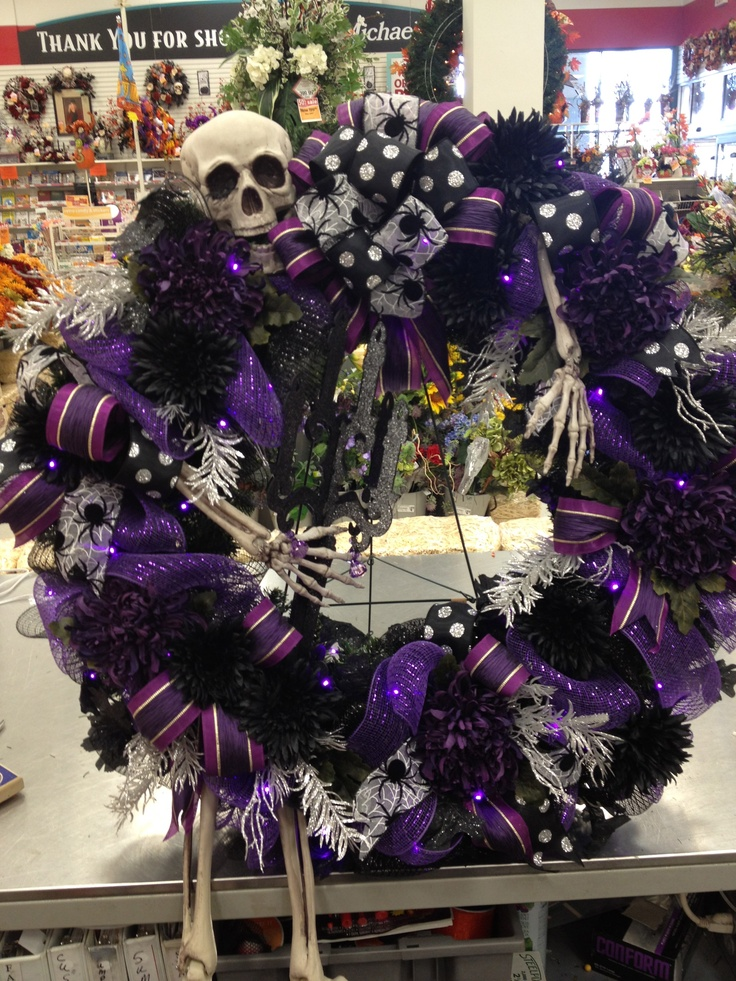 "Lit Halloween Wreath 36"" Mr Bones by Christian Rebollo"