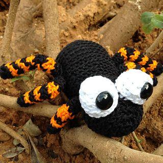 Amigurumi Spider Pattern : 1000+ images about bugs n slugs amigurumi on Pinterest