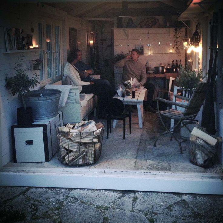 foton tagna med mobilen: Sofia A, fialinsstil.blogspot.se     I helgen hade vi fest i vårt gamla garage som vi gjor...