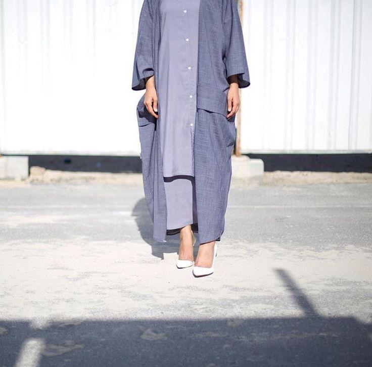 IG: ByMariamAlmulla    IG: BeautiifulinBlack    Abaya Fashion   