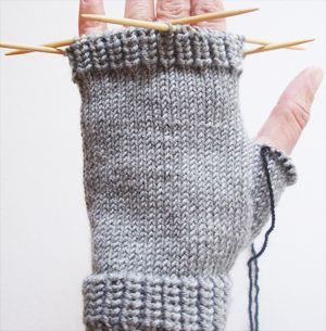 Οδηγίες για γάντια χωρίς δάχτυλα με καλτσοβελόνες,