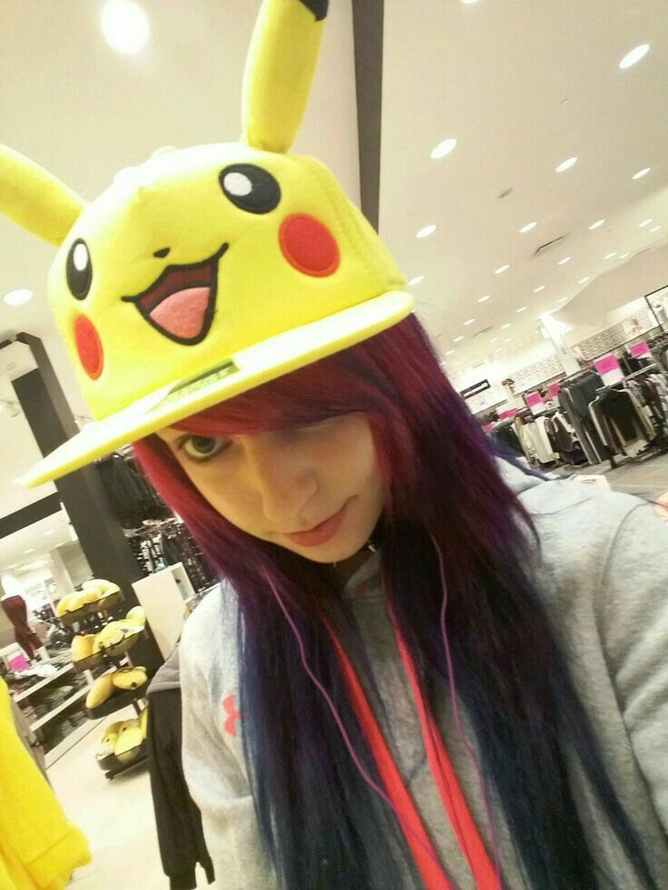 Viro Psycho pikachu cap Rainbow hair
