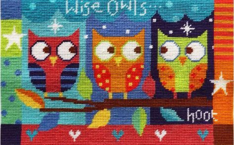 """Wise Owls(TKWO154)  Modern Owl tapestry kit designed by The Stitching Shed. The design has clear blocks of colour so may be suitable for beginners depending on their ability.  Contents: 10 count colour printed canvas, anchor wools, needle, chart and full instructions. Also includes a smart rope handled gift bag.  Size: 9"""" x 15"""".   RRP £40  DELIVERY *Usually dispatc..."""