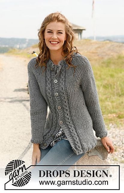 """Free Pattern Ravelry: 134-17 """"Mist"""" - Jacket in stockinette st with cables and round yoke pattern by DROPS design"""