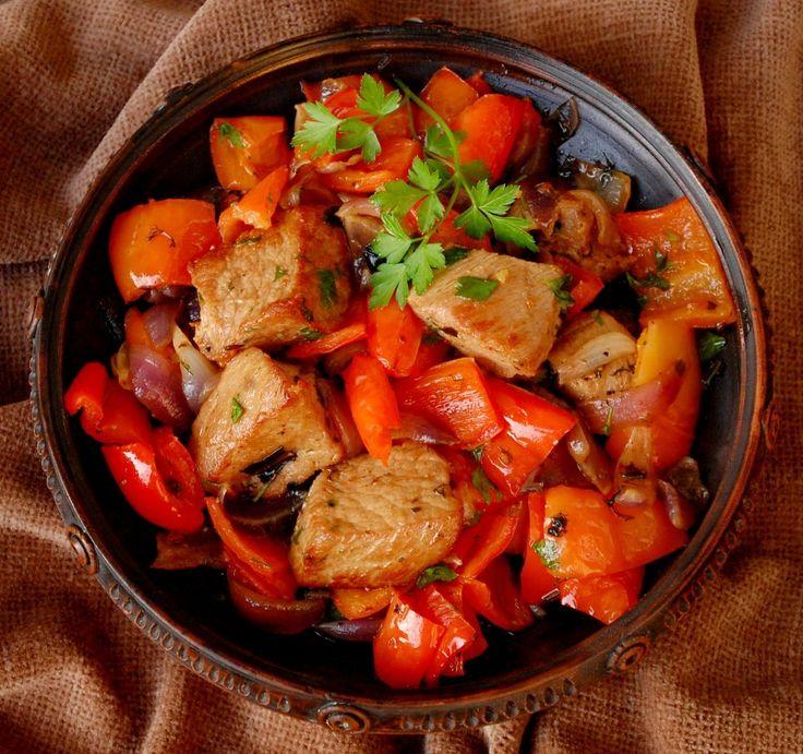 Я уже и не вспомню, где и когда нашёл этот рецепт приготовления телятины, но он один из самых моих любимых. В нем нет никаких предварительных подготовительных…