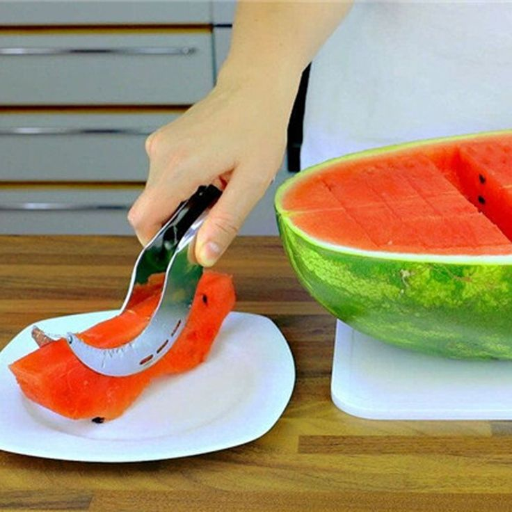 нож для резки арбуза