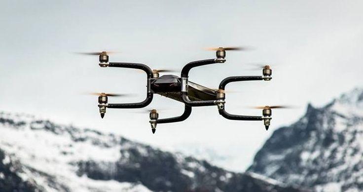 Dünyaca ünlü çeşitli havacılık ajansları tarafından sertifikalandırılan Griff300, 225 kilogram taşıyabiliyor!  Norveçli Griff Aviation tarafından tanıtılan Griff 300, kendi 75 kg'lık ağırlığı dışında tam tamına 225 kg'lık yükü gökyüzüne taşıyarak Drone ve havacılık endüstrisinde büyük bir çığır açacağa benziyor.